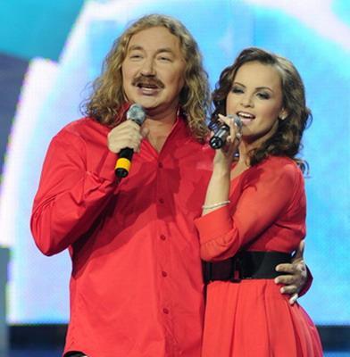 И. Николаев и Ю. Проскурякова